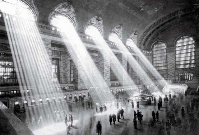 Taschen's NEW YORK: Portrait of a City - Grand Central