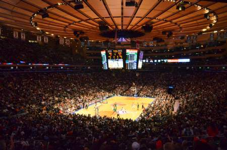 New york knicks basketball watching the game like you know Madison square garden basketball