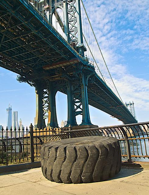 DUMBO-Manhattan Bridge & a Rubba Ti-yah