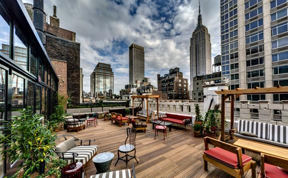 Refinery Hotel Rooftop Bar & Lounge