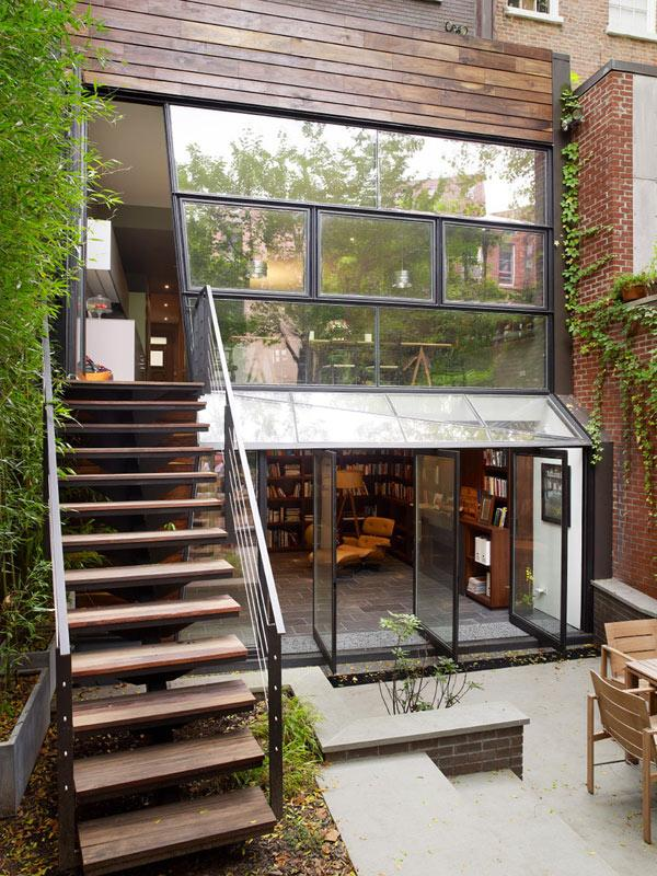 Indoor/ Outdoor Living Space In Chelsea