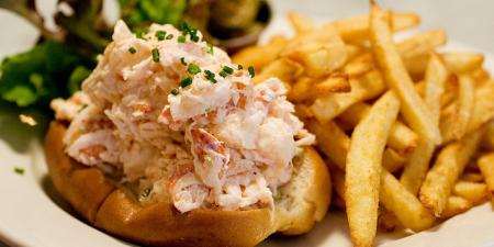 Ed's Lobster Roll